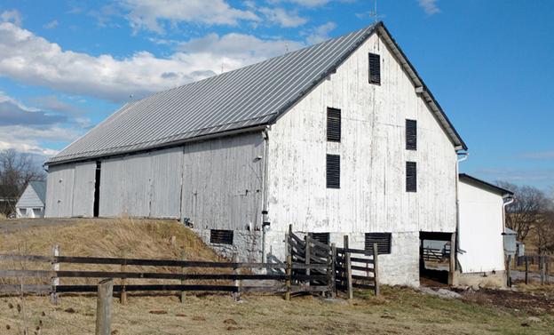 Old barn in Shenandoah County